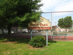 Boyd Park Tennis Courts near Meadowbrook Log Cabin