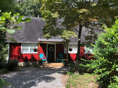 Plenty of private parking. - If you have an RV, we can accommodate it. - Apple Barn Cottage in Flat Rock