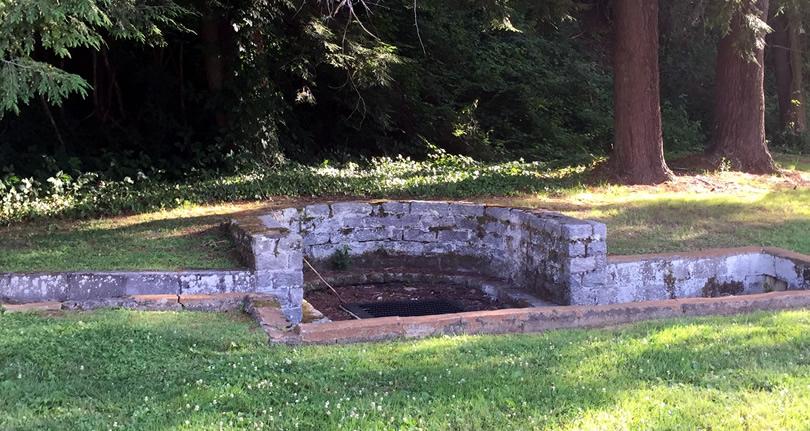 Lennox Park Spring - Hendersonville History - Meadowbrook Log Cabin