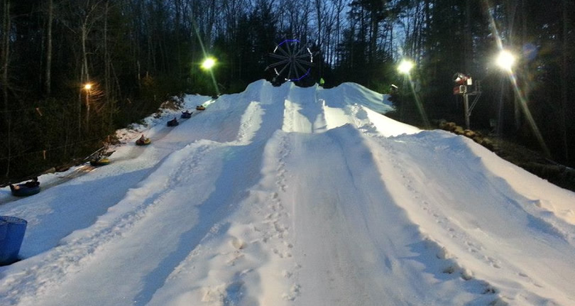 Moonshine Mountain Snow Tubing Park - Things to do near Meadowbrook Log Cabin