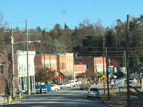 The town of Saluda - Late Fall Drive South along 176, the Old Spartanburg Highway