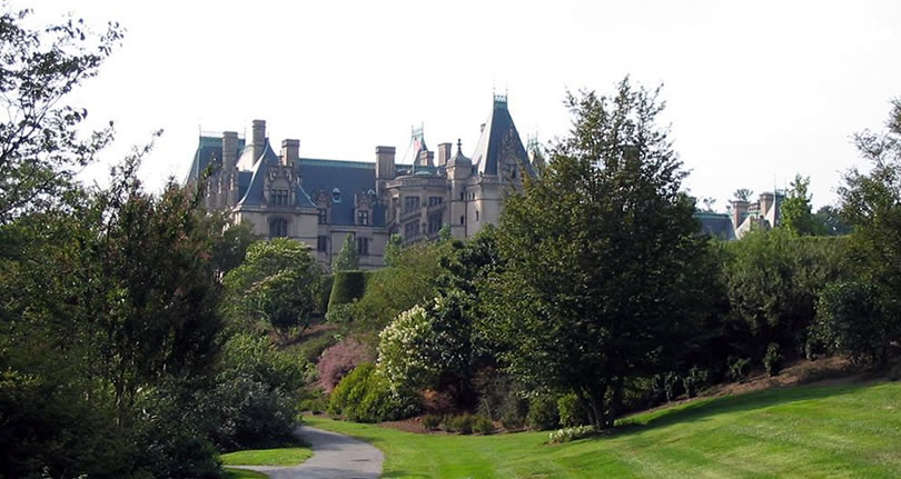 Discounted Biltmore House Tickets - Prices for Biltmore Tickets vary according to the time of the year and the day of the week. How do you get a discount on Biltmore House tickets?