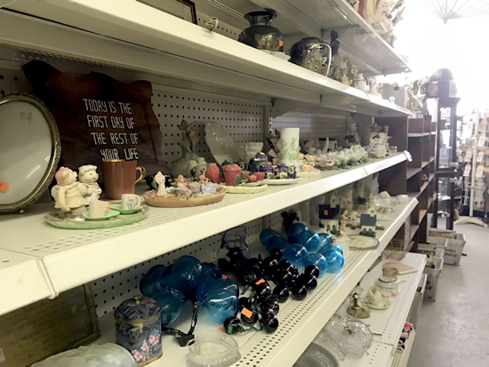 The sorts of things you see in a Goodwill, but lots and lots more - Junk & Disorderly – Indoor Flea Market near Meadowbrook Log Cabin