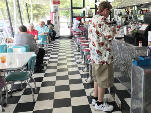Pop's 5 Points Diner in Hendersonville, NC